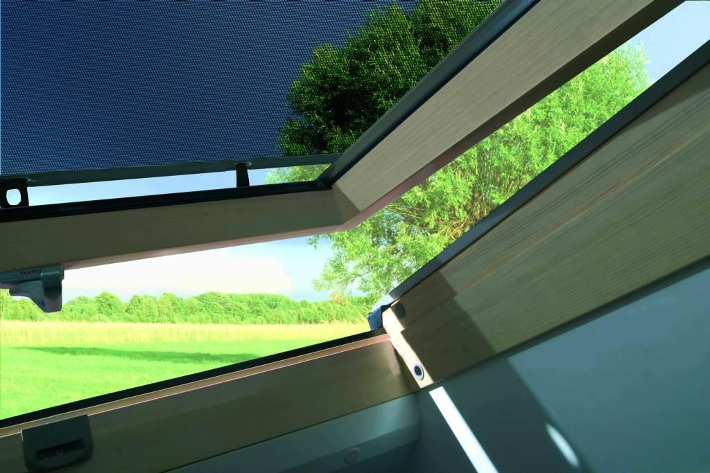 Minardoises fen tres de toit fakro for Fakro fenetre de toit